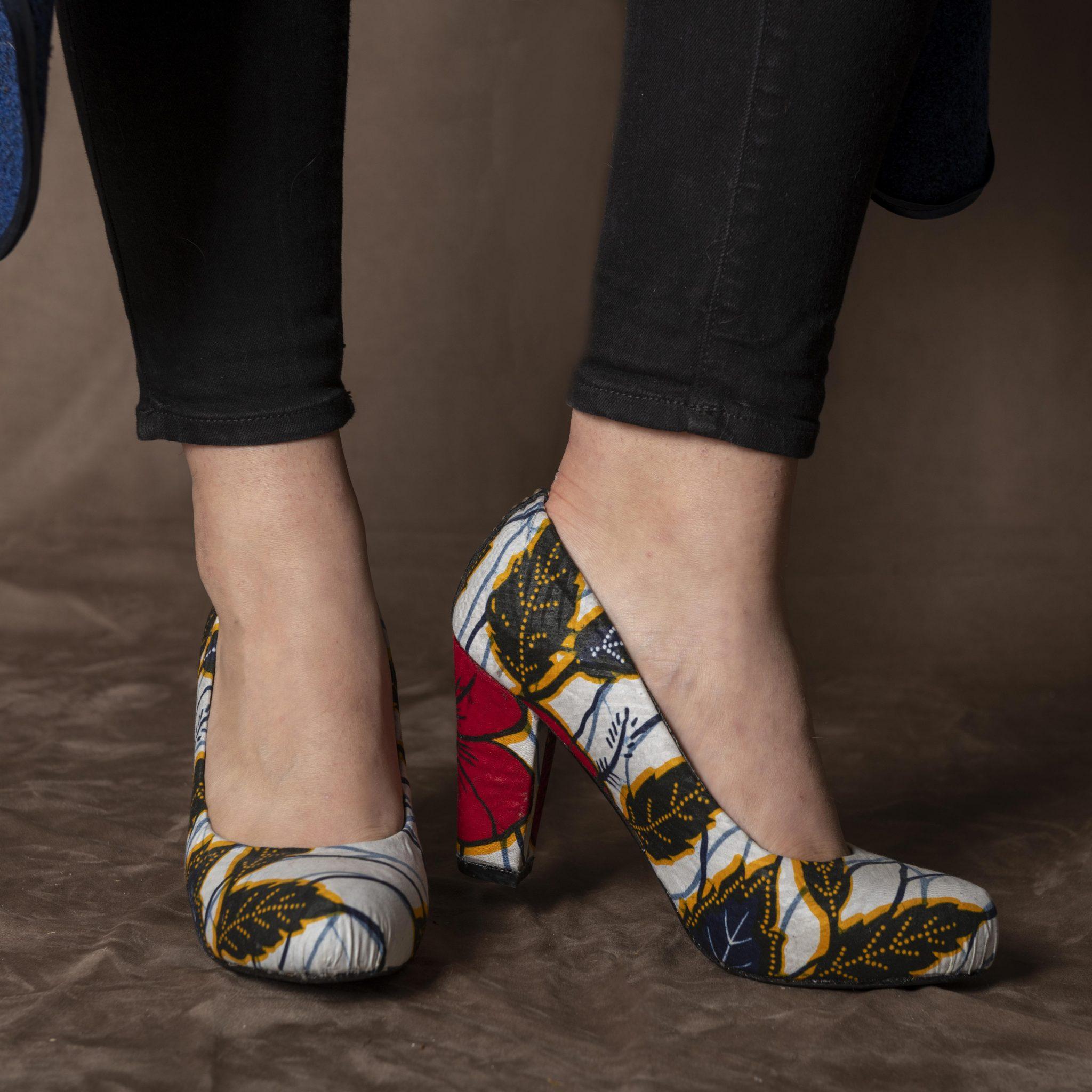 Les chaussures et la femme une histoire de mode